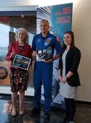 CSA astronaut David-Saint Jacques presents us with a certificate for the Living Space project.